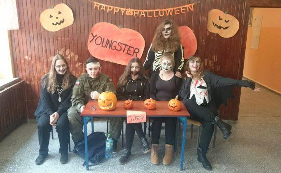 Halloween z grupą Youngster